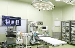 年間390件以上の豊富な手術実績